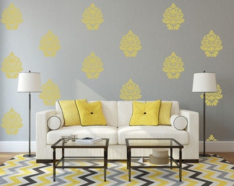 Bold Damask Large - stencil for walls