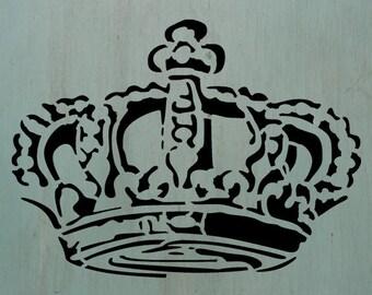 """Old Crown (7.4"""" x 10"""") - Vintage looking stencil"""