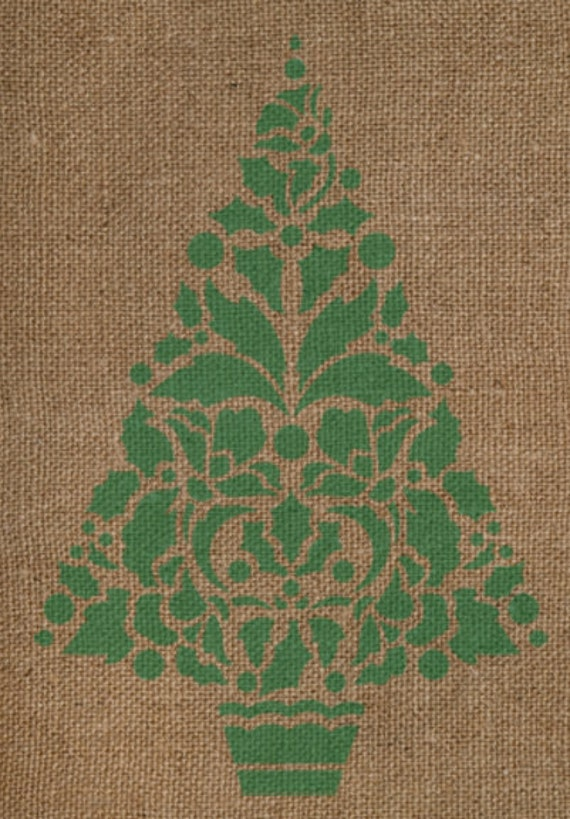 Holly Christmas Tree Stencil - Single Christmas Tree