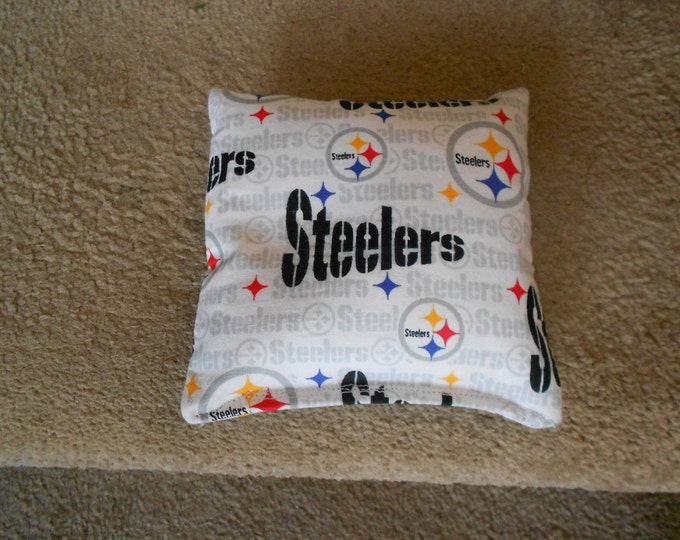 White  Steelers Corn Hole Bags