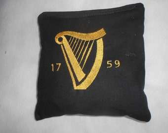 Guinness Harp  Corn hole Bags
