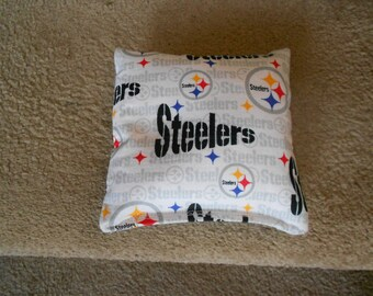 White  Steelers Corn Hole Bags