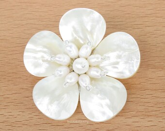 White mother of pearl flower brooch with freshwater pearl and glass beads