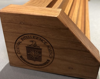 Laser Engraved CIA Central Intelligence Agency Natural Cherry Challenge Coin Display 15-21 Coins