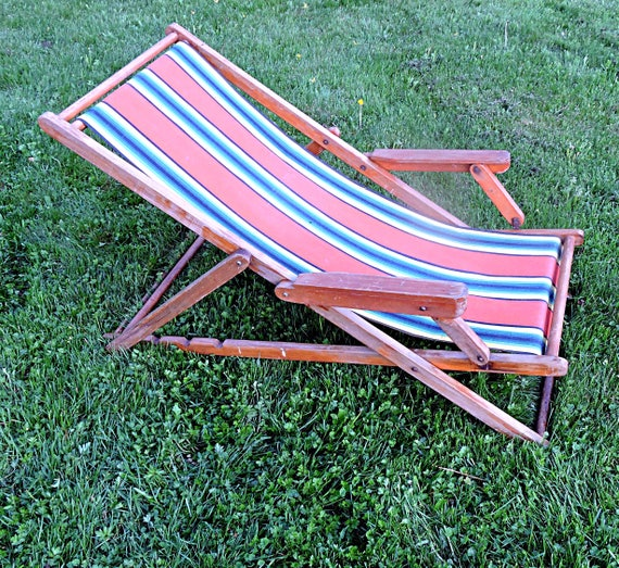 Remarkable Beach Lounger Lawn Lounge Chair Canvas And Wood Cottage Sling Back Campfire Chair Inzonedesignstudio Interior Chair Design Inzonedesignstudiocom