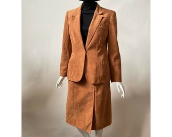 Signatures By Russ Taylor Womens Skirt Suit Brown Suede Union Made Vintage 8