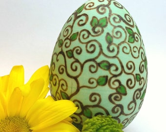 Customizable Vines and Leaves Hollow Wooden Easter Egg, Waldorf Wooden Egg, Ostara Spring Egg, Easter Basket Detailed Easter Egg, Fancy Egg