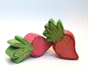 Wooden Radish Play Food // Waldorf Inspired Wooden Toy Produce for the Natural Play Kitchen // Play Food // Natural Easter Basket Gift