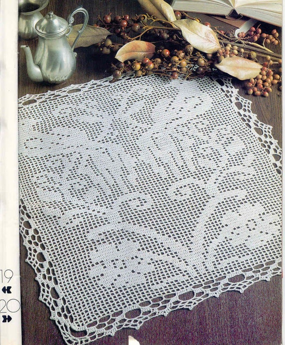Lace cat white drapery doily crochet