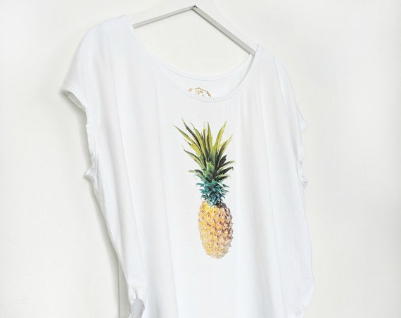 Women's Pineapple Tee