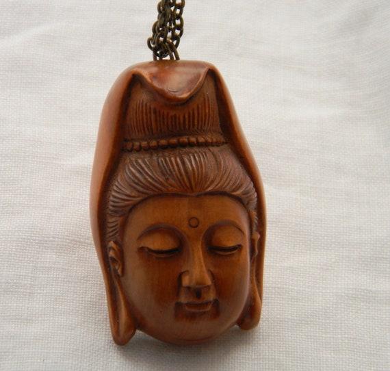Hand Carved Boxwood Netsuke Thousand-hand Kwan-yin Guanyin Natural Wood Color