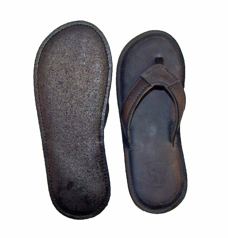 7051d5321641d deLeon Black Leather Flip Flops-Men's