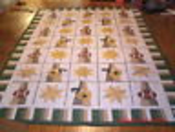 Beautiful  green and gold football themed quilt