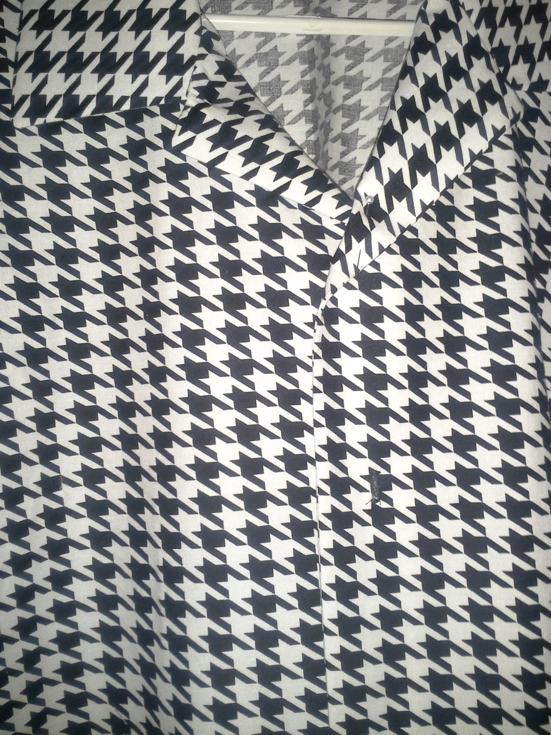 Houndstooth bowling shirt- A must have for ricky fans - any size available WIuNRe010