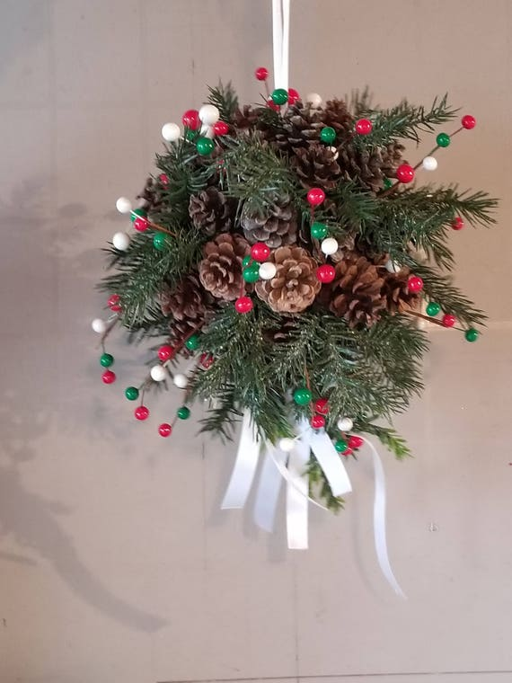 Pinecone Kissing balls - Merry Christmas Colors