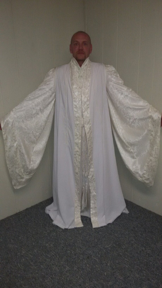 Authentic looking Saruman Robes - LOTR Cosplay