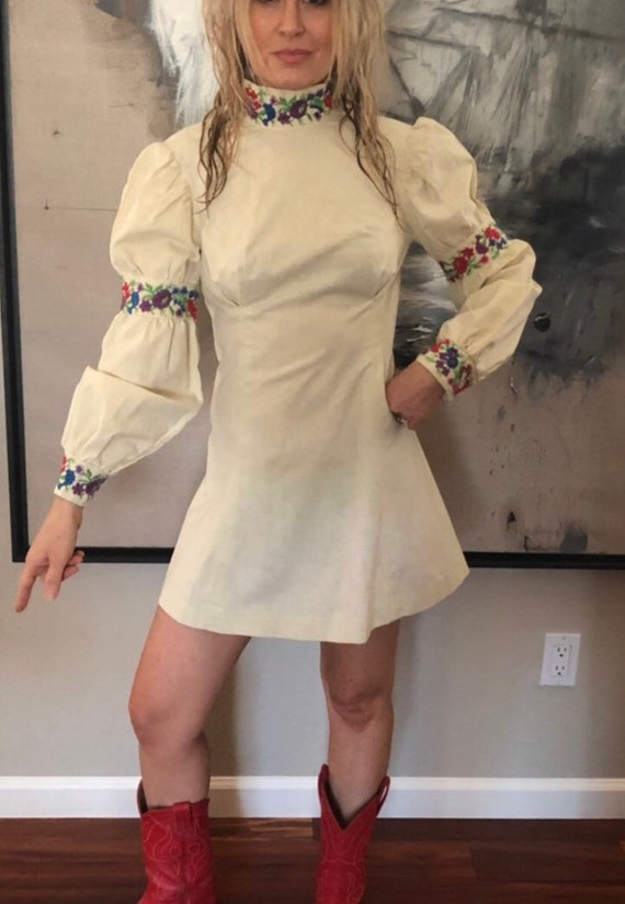 70s hippie vintage bohemian embroidered dress