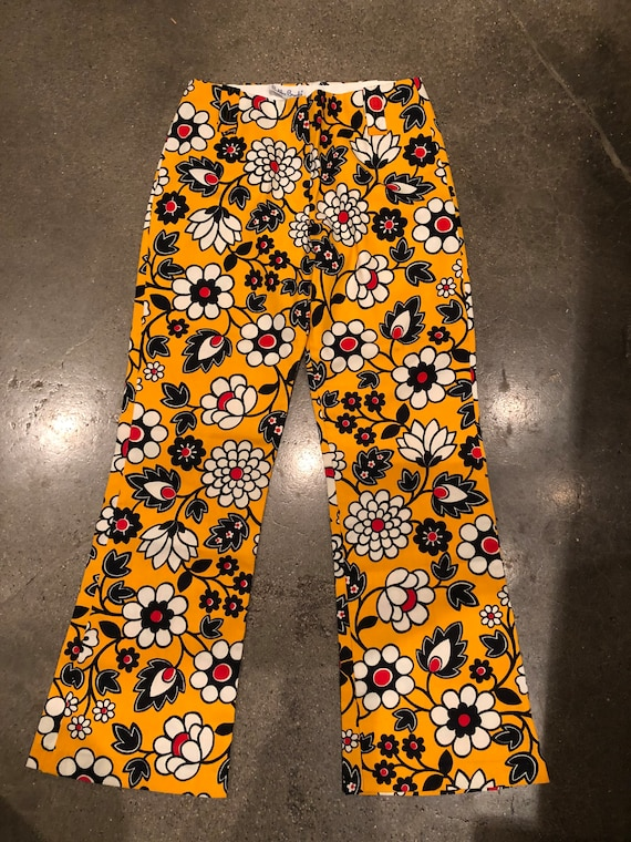 Daisys Vintage 60s Mod floral print  70s retro pa… - image 6