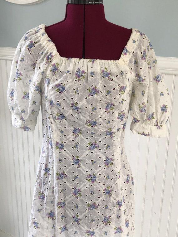 1970s floral eyelet summer dress