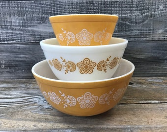 Vintage Retro Pyrex Butterfly Gold Bowls 401 402 403 Mixing Bowls