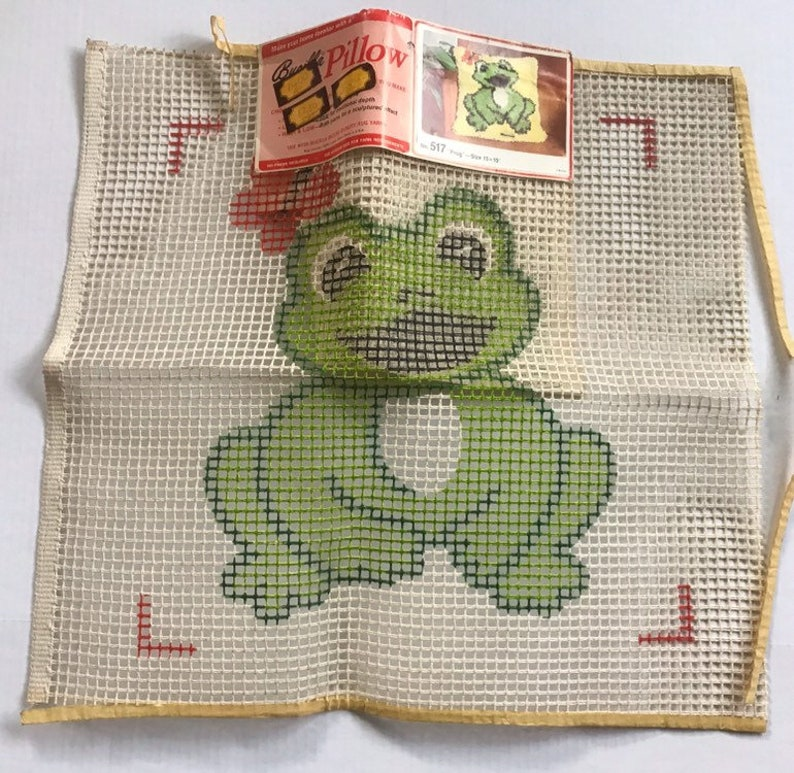 Vintage Bucilla Latch Hook 517  Frog PillowRug Canvas 15x15 Rug Canvas No Yarn