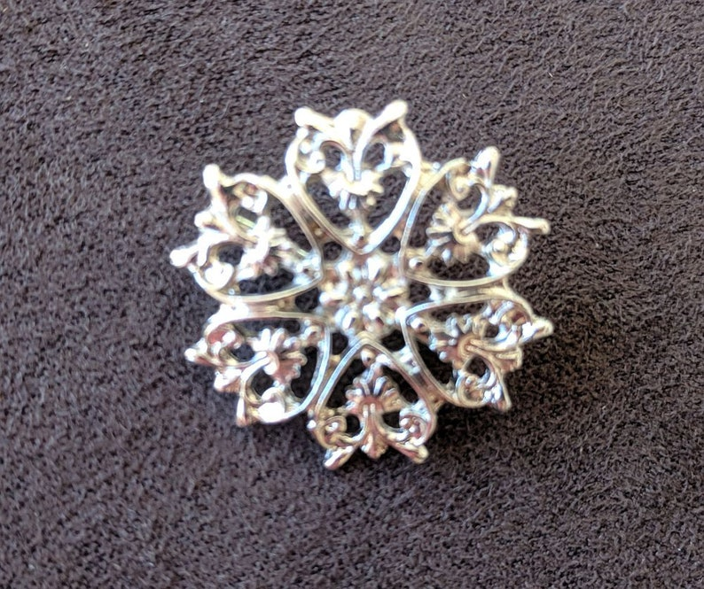 Starburst Pin Small Brooch Silver Flower Shaped Pin Vintage Jewelry