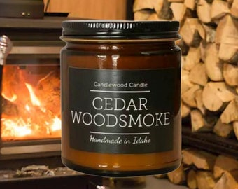 CEDAR WOODSMOKE - Crackling Wood Fire Natural Soy Wax Candle in Amber Jar with Black Lid