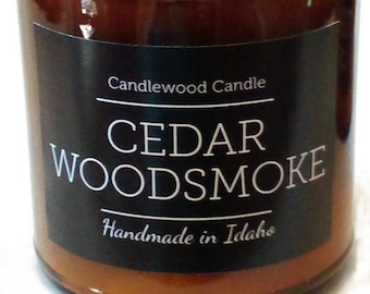 CEDAR WOODSMOKE - Crackling Wood Fire Natural Soy Wax Candle in Amber Jar with Lid