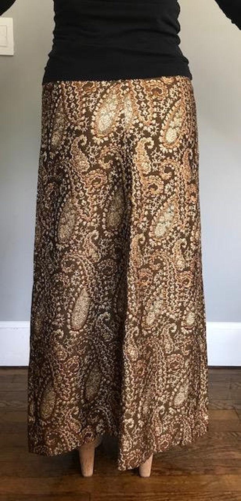SALE-Vintage Brocade Gold Metallic Paisley Maxi Skirt 1960/'s-1970/'s Peck /& Peck 5th Avenue NYC