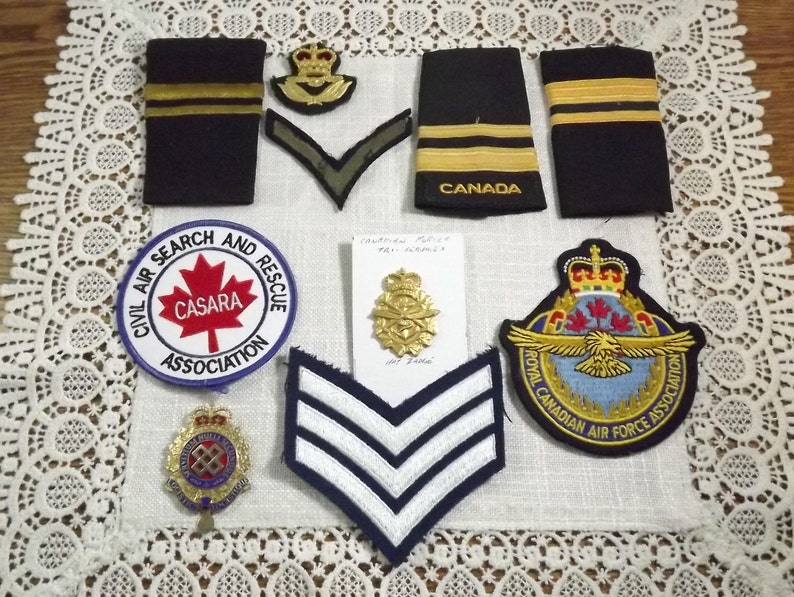 Canadian Armed Forces Collectibles, Vintage Hat Badges and Crests Lot
