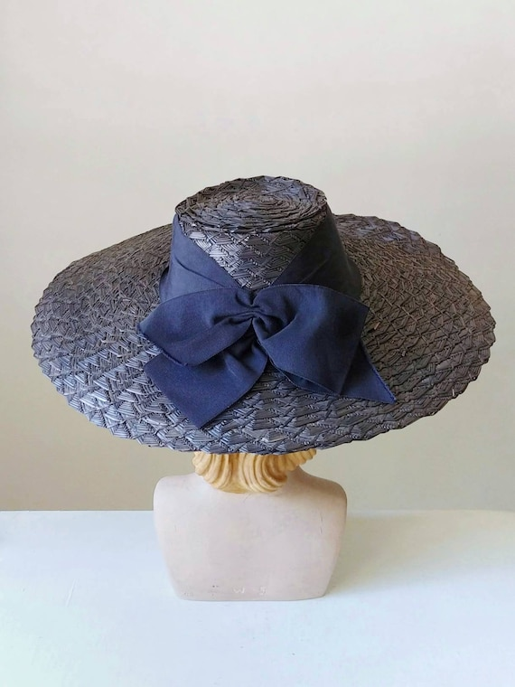 1940s Navy Blue Wide Brim Raffia Straw Hat | Vinta