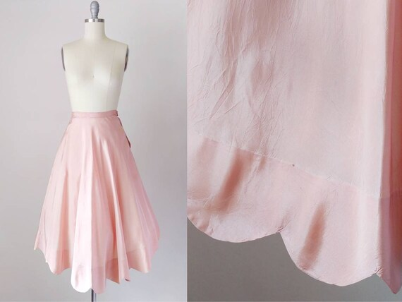 1940s Peach Pink Full Skirt Half Slip   Vintage 40
