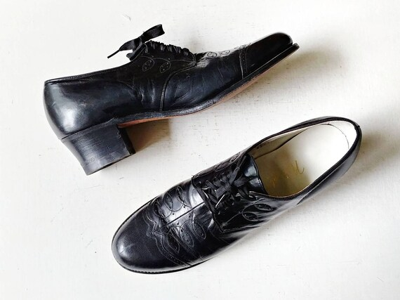 1940s Black Perforated Oxfords | Vintage 40s Natur