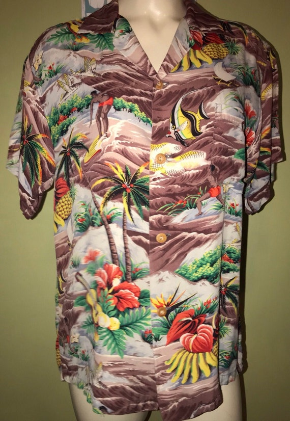 Vintage Aloha Shirt, Size Medium .