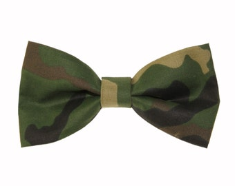 17411b6b49e7 Green Woodland Camouflage Clip-On Cotton Bow Tie | Camo Bow Tie