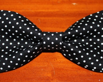 Boys Pink With White Pin Dots Clip On Bow Tie