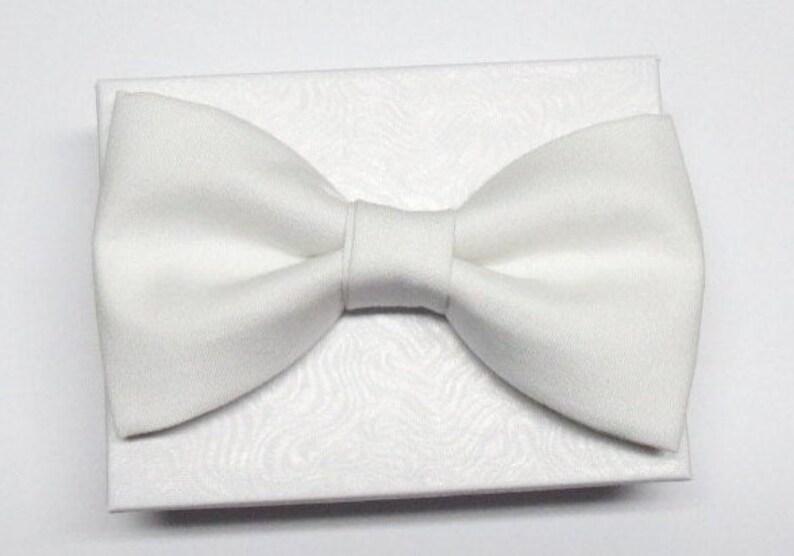 Solid White Pre-Tied Adjustable Cotton Bow TieMen/'s or Boys Bow Tie