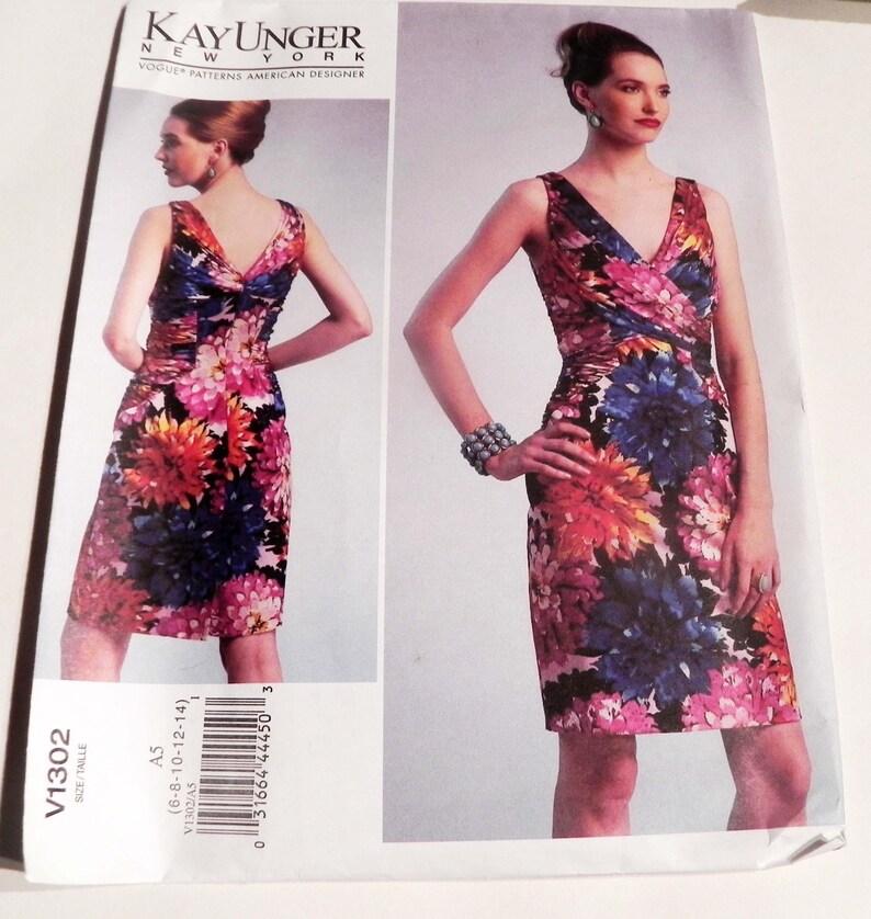 276b0a36311 Kay Unger Cocktail Dress Sleeveless Bodycon Sleeveless V