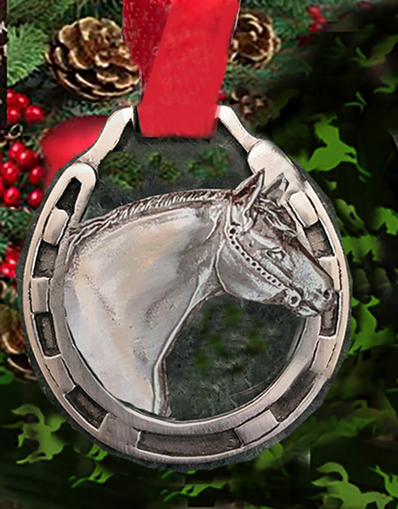 Horse Christmas Ornament Quarter Horse bust in a horse shoe image 0