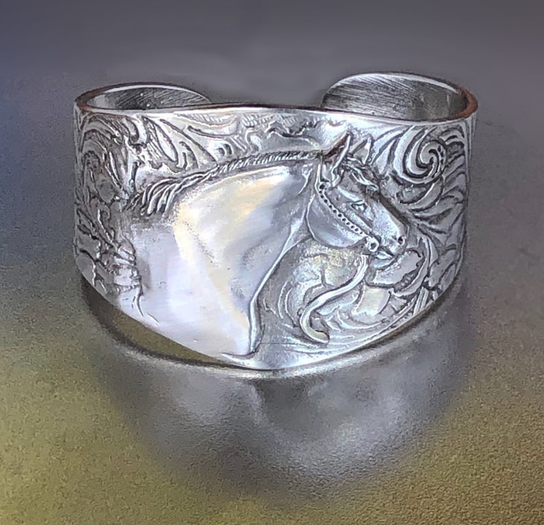 Quarter Horse Bracelet QH bust on silvery pewter cuff image 0