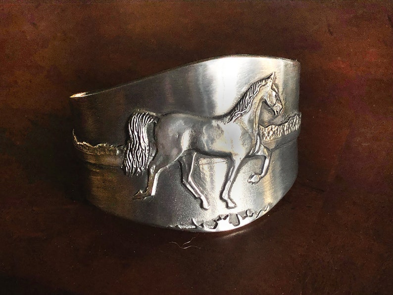 Tennessee Walker Horse in Natural Gait cuff bracelet in image 0