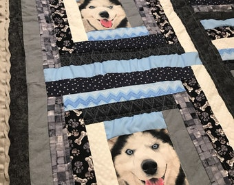 Large Husky Dog Themed Lap Quilt - Huskies Patchwork Quilt - Dog Blanket - Dog Patchwork Quilt - Sled Dogs - Alaskan Malamute Quilt - Dogs
