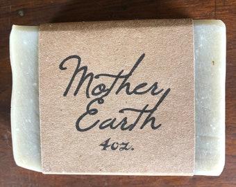 Mother Earth Herbal Soap - Natural - Palm oil free - Vegan - Handmade