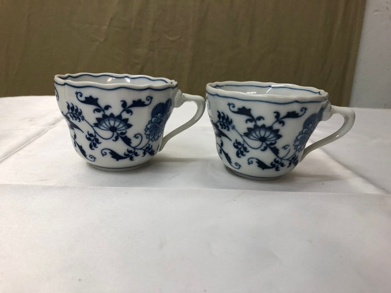 Blue Danube Blue ONION Pattern Tea Cups Triangle Handle Set of image 0