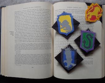 Harry Potter Hogwarts Houses Laminated Corner Bookmark: Gryffindor, Hufflepuff, Ravenclaw, Slytherin
