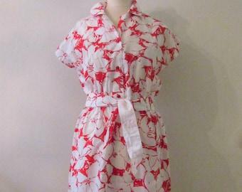 70s Red & White Floral Sundress, S-M // Vintage Belted Tropical Dress