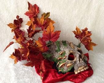 Artisan half mask: 'Tree skull dark autumn leaves' - Traditional handmade mask