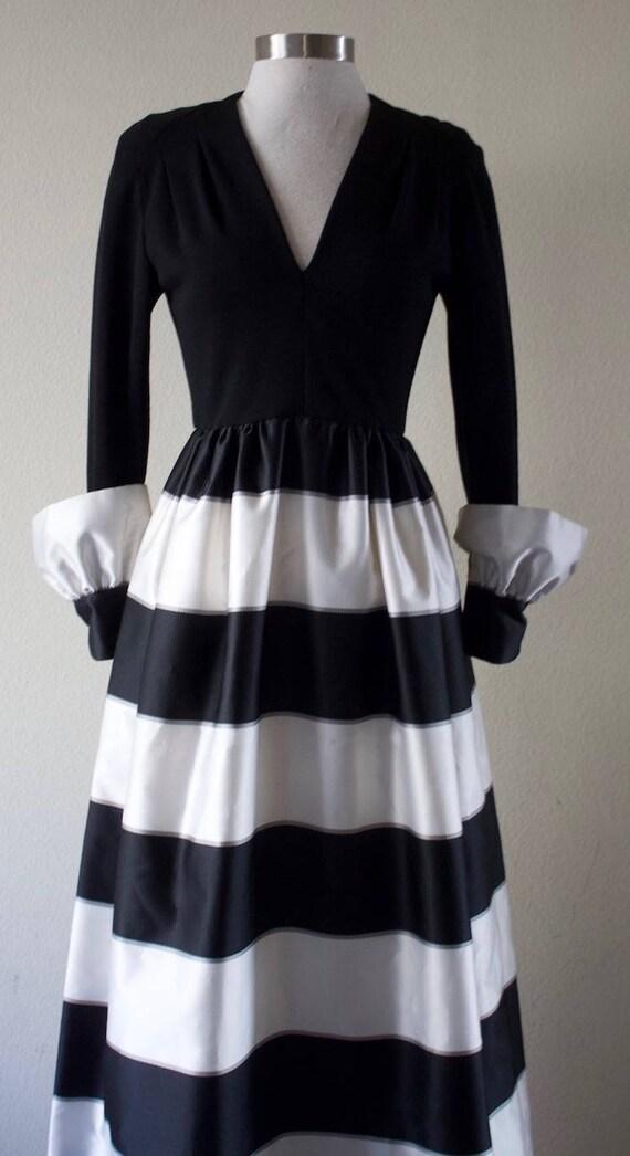 Vintage 1970s Pauline Trigére Stylish Striped Gown