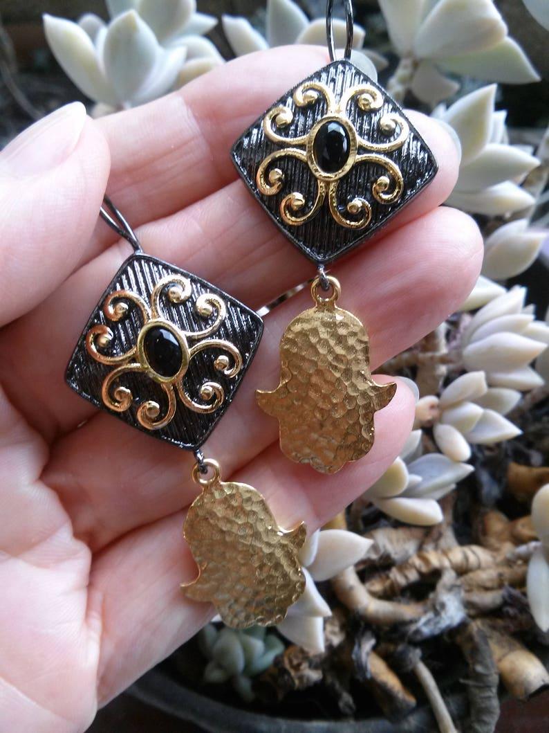 f0be1a829b7a Pendientes Preciosos Plata Negra Oxidada Onix y Mano Fátima