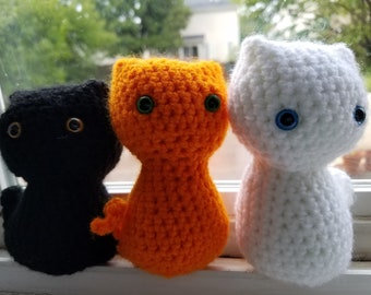 READY TO SHIP Small Crochet Cat available in multiple colors- Cat Toy- Crochet Cat- Black Cat